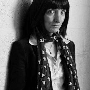 Filmpje: Delphine Lecompte leest voor