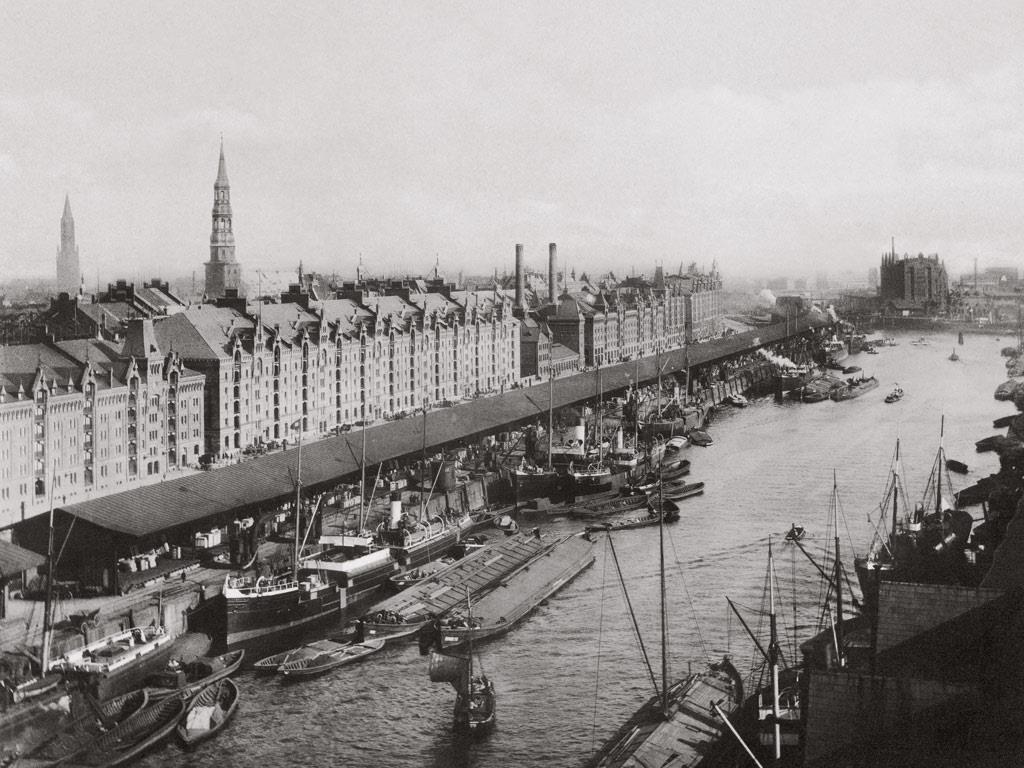 Hamburg – Antwerpen. Literaire uitwisseling Tau//Deus Ex Machina